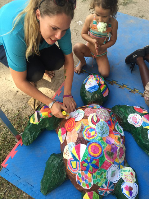 Amy from FSRS with Terry, SSTF, Seychelles, Aug 2015